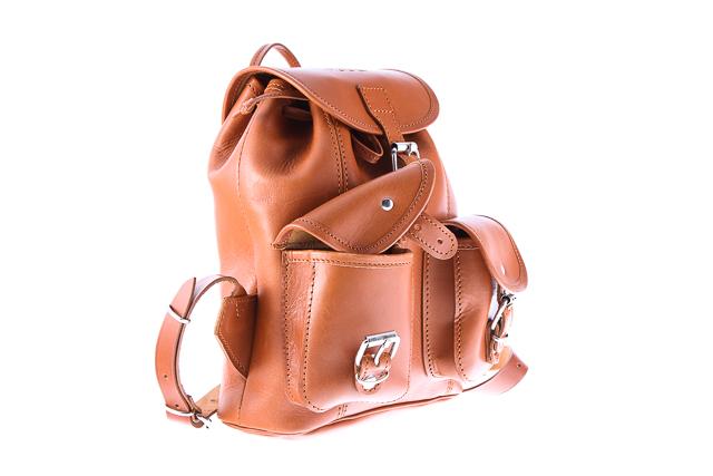 32d2136798735 ... Mały plecak skórzany VOOC Vintage P2. Uroczy mały plecak w stylu VINTAGE  wykonany z naturalnej ...