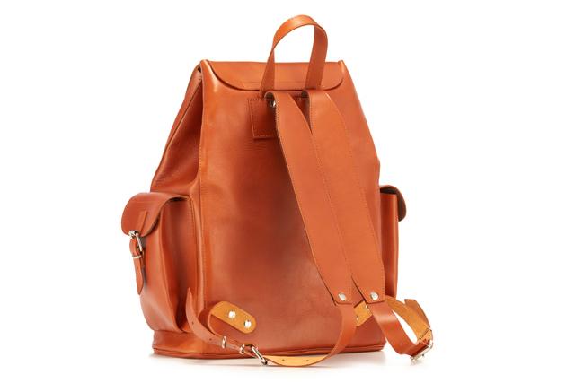 dccfbb4da8689 ... Duży plecak ze skóry juchtowej VOOC Vintage P40. Duży i pojemny  skórzany plecak w stylu ...